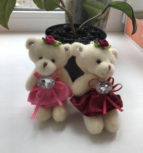 Мишки-игрушки