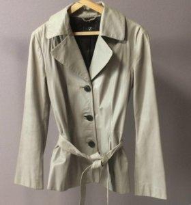 Кожаная куртка(натуральная кожа)