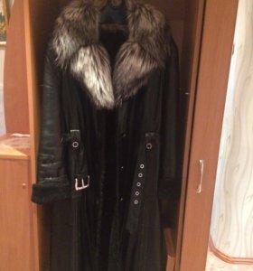 Зимние женское кожаное пальто