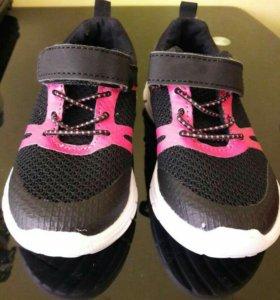 Новые детские кроссовки 25 размер