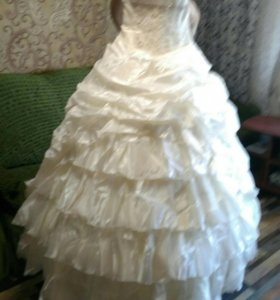 Свадебное платье б/у размер 40-44