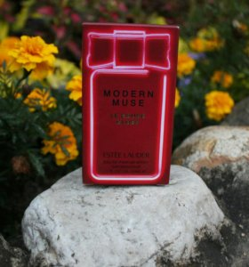 Estee Lauder Modern Muse Le Rouge Gloss 30 ml.