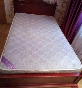 Кровать + матрас ( торг уместен)