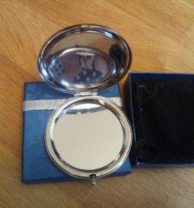 Сувенирное зеркальце