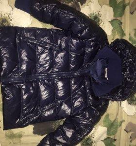 Куртка пуховик122-128.подходит и девочкам и мальч