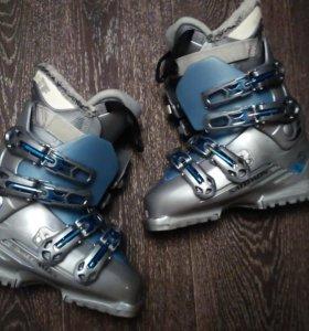 Горнолыжные ботинки Salomon, 36, женские