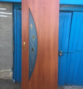 Межкомнатная дверь с фурнитурой