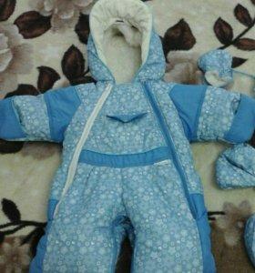 Детский комбинезон+ сапожки зимние