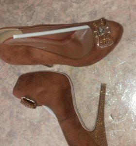Туфли новые 40 р-р