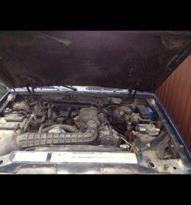Мотор Ford Explorer U2 4L нижневальный 1995