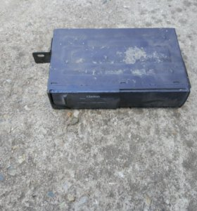 CD changer Clarion cdc605