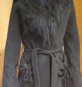 Пальто весение -осенние