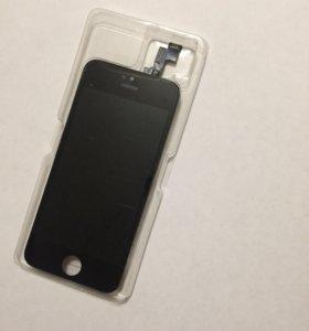 Дисплей на iPhone 5s чёрный цвет