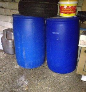 Бочки по 200 литров