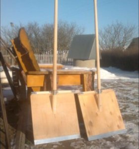 Лопата деревянная для уборки снега