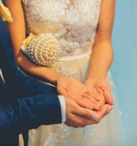 Букет из бусин для невесты. можно в любом цвете.