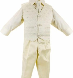 Белый нарядный костюм на 2-3 года.