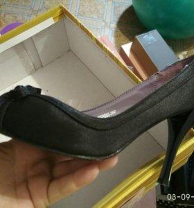 Туфли черные текстиль