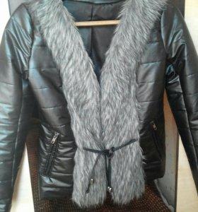 Женска куртка.