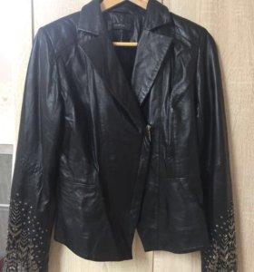 Куртка кожаная чёрная женская пайетки бисер 46-48