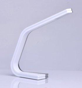 Настольная светодиодная лампа mw631031801