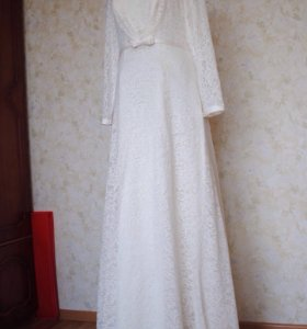 Свадебное платье. Новое.