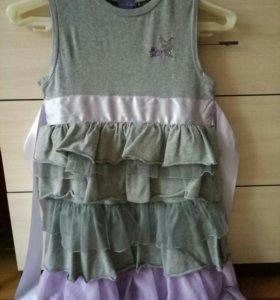 Платье на 8 -9 лет новое.