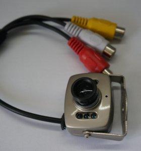 Проводная мини аудиовидеокамера 600TVL