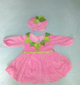 Комплект из платья и шапочки