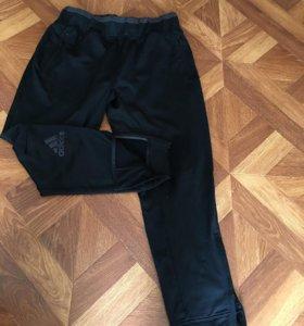 Спортивные штаны adidas 52 размер