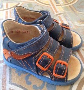 Детские кожаные сандалии, тотто
