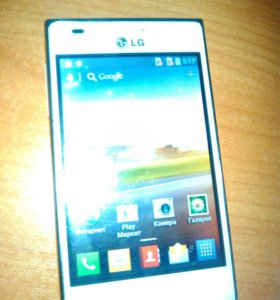 Телефон LG Optimus e-615