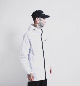 Легкая куртка Molotov
