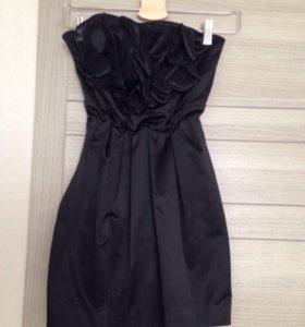 Черное мини платье Rinanscimento xs-s.