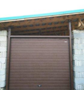 Ворота в гараж.