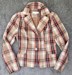 Клетчатый приталенный пиджак