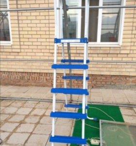 Продаётся новая лестница для каркасного бассейна