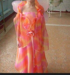 Платье на любой праздник на девочку до 140 метр.