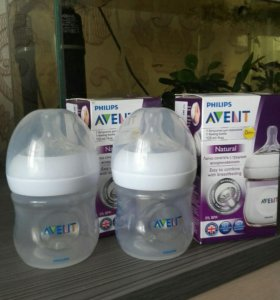 Бутылочки AVENT Natural 0+