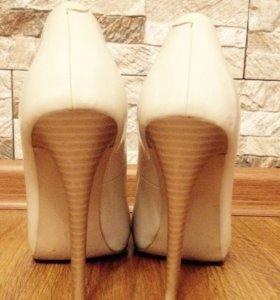 б/у туфли 39 размер