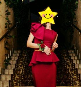 Безумно красивое платье)