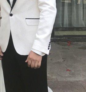 Пиджак и брюки(комплект)