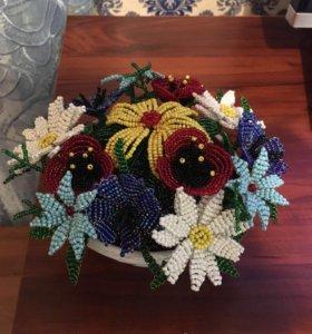 Полевые цветы из бисера.