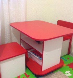 Детский набор, стол и две табуретки