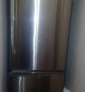 Холодильник Panasonic NR-B 591BR