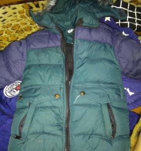 Курточка зимняя на мальчика 3-4 года