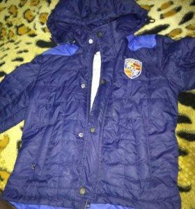 Курточки демисезонные на мальчика 3-4 года