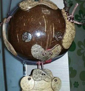 Эксклюзивная сумочка из натурального кокоса.
