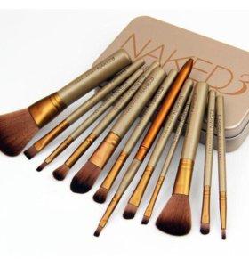 Набор кисточек для макияжа Naked 3