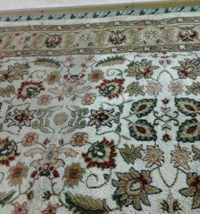 Химчистка ковров, методом экстракции.
